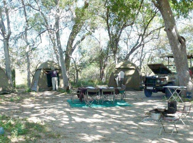 Janala Tours and Safaris - Chobe mobile safari